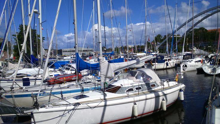 Kołobrzeg - Marina Solna - port w Kołobrzegu. To warto zobaczyć w Kołobrzegu.