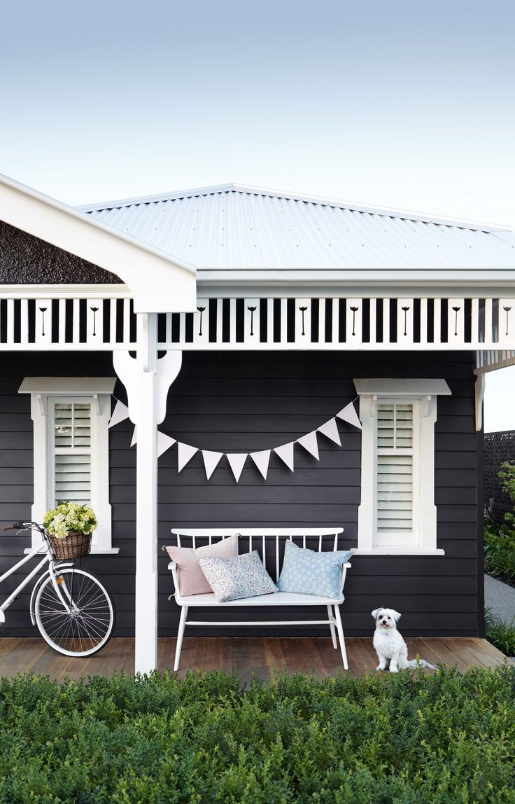 Exterior paint - Haymes Solashield. First impressions count so make your…