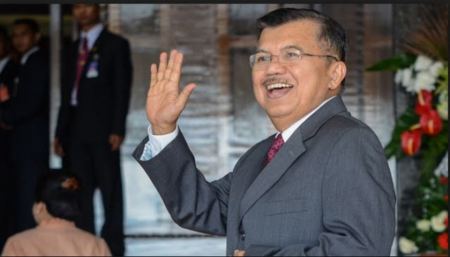 Dunia Berita -  Wakil Presiden Jusuf Kalla atau JK menitipkan pesan untuk Ketua DPR RI Bambang Soesatyo, pengganti Setya Novanto. Dia m...