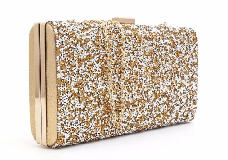 Золотой клатч Больше информации и фотографий по ссылке! #клатч #клатчи #purse #clutch #сумочка #вечернийклатч #театральныйклатч #вечерняясумка #клатчбокс #маленькаясумка #bug #сумка