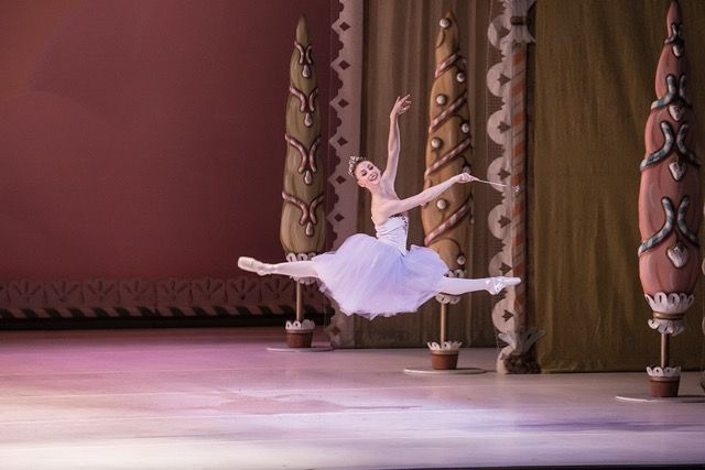 """Samantha Hope Galler as the Sugar Plum Fairy in Miami City Ballet's  """"George Balanchine's The Nutcracker"""". Photograph by Daniel Azoulay."""