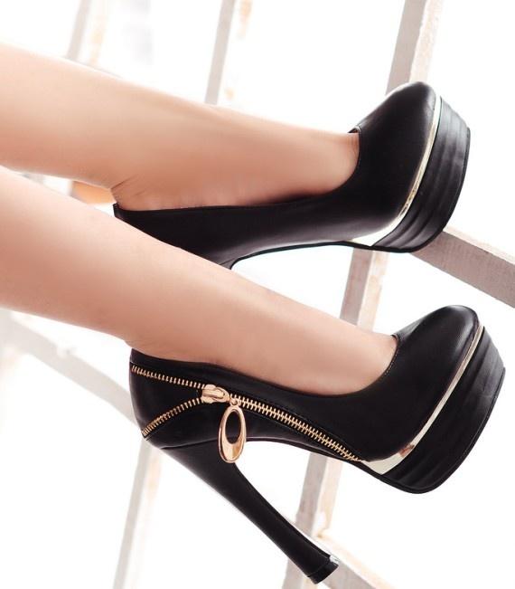 Zip Design High Heels Pumps Black