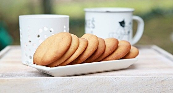 Jsou křehké, sladké a zároveň jemně štiplavé po zázvoru. Vařte s Rohlik.cz, suroviny vám přivezeme už do 90 minut až ke dveřím.
