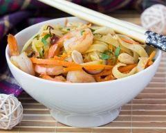 Tagliatelles aux crevettes, carottes et sauce soja | Cuisine AZ