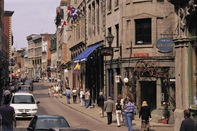 Montreal is one of Canada's top destinations and features a unique blend of English and French culture. It is popular especially for its Old Town.