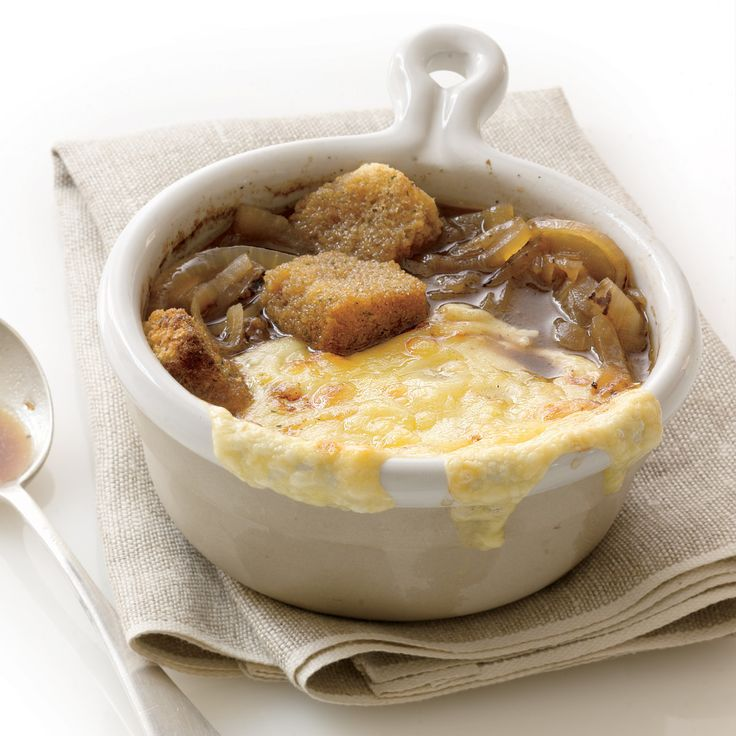 French Onion Soup - Rachael Ray - This is a classic for any recipe collection. #MyRecipeMagic #soup #french #onion