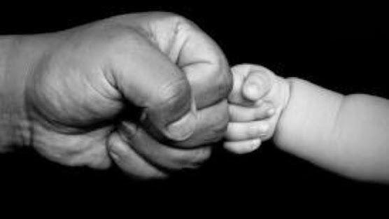 Κοινη Επιμελεια και Οικογενειακο Δικαστηριο τιθονται επι ταπητος επιτελους στην Ελλαδα | Μπαμπα ελα