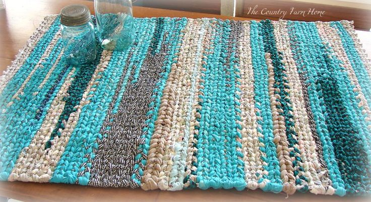 The Country Farm Home: Denim Rag Rug on the Farmhouse Table