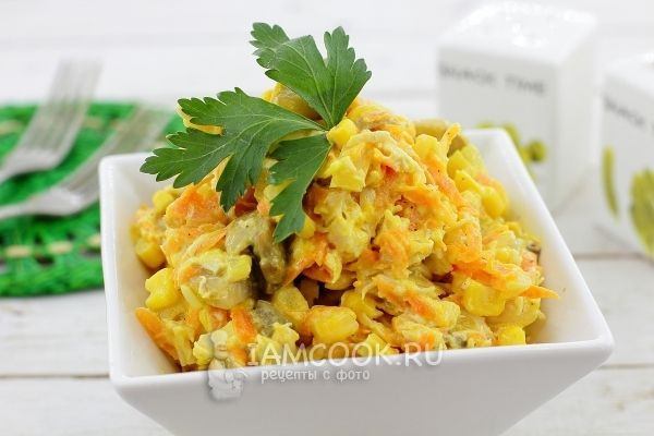 Грибной салат с кукурузой фото