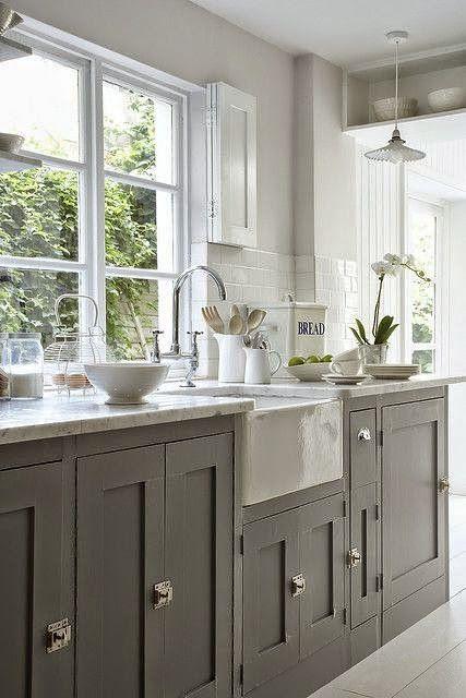de cocina de colores, Gabinetes verde azulados y Gabinetes de color