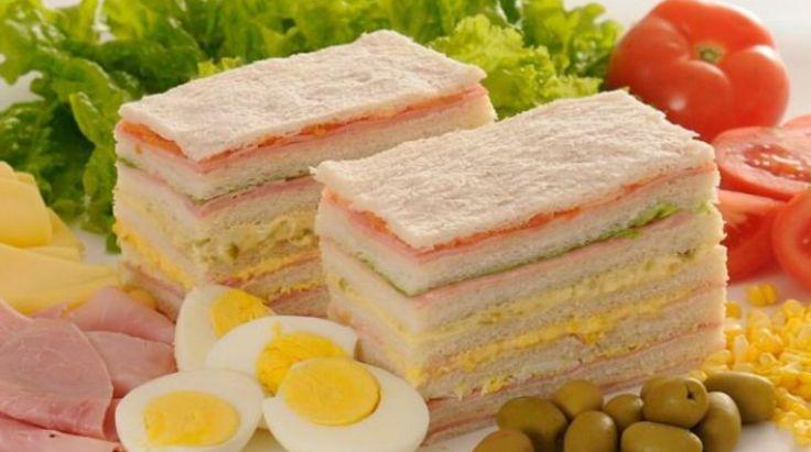 4 Casa de Muñecas en Miniatura jamón ensalada sándwiches Blanco