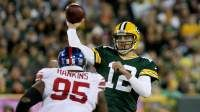 Eli Manning vs. Aaron Rodgers: Career Playoff Records & Stats - http://howto.hifow.com/eli-manning-vs-aaron-rodgers-career-playoff-records-stats/