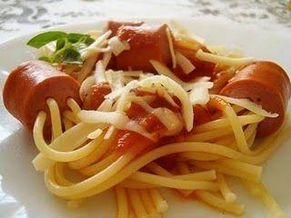 Receitas - Esparguete com Salsichas - Petiscos.com