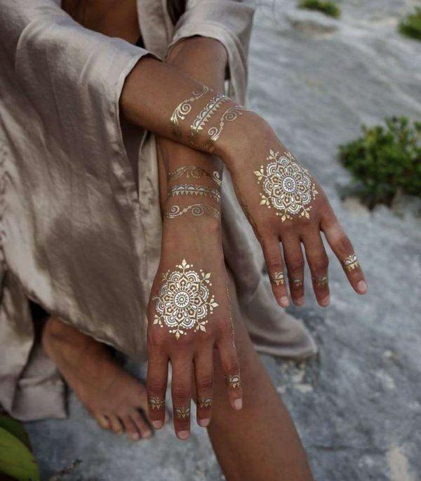 1000 id es propos de tatouage henn arabe sur pinterest - Dessin de henne pour les mains ...