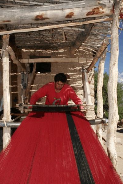 Tejedores en Seclantas, Salta. Más info en www.facebook.com/viajaportupais