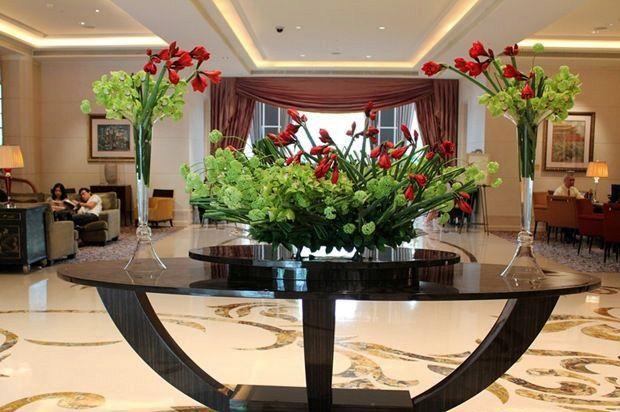 Москва интернет, цветы на ресепшн фото отель