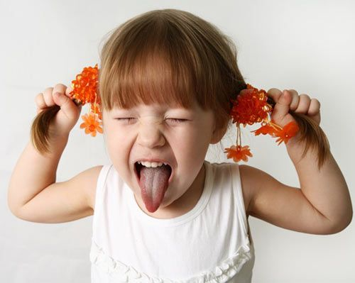 WHAT IS THE DIFFERENCE BETWEEN THE RESTLESS AND HYPERACTIVE CHILD ?