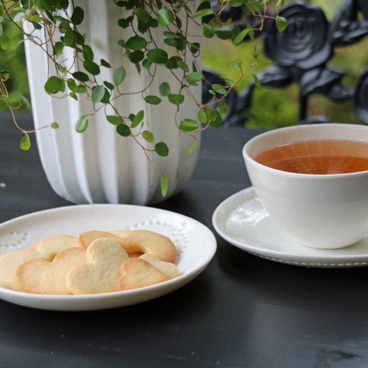 Eeva Jokinen Ceramics tea cup.