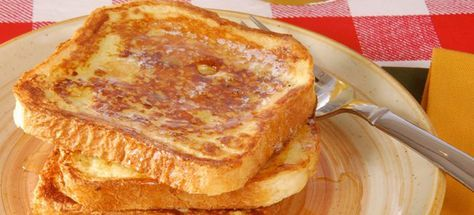 The perfect quick and easy French Toast recipe. Use just a few simple and basic steps to make the best French Toast ever!
