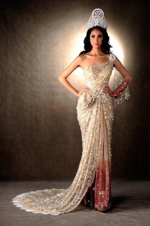 Saree dress #indianwedding,