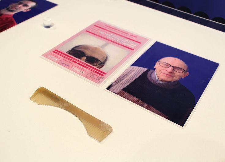 """Peines de cuerno de la serie """"Cloning"""" de 5.5 Design Studio, 2008. La serie de muebles y objetos de esta colección es un proyecto que investigó la posibilidad de crear piezas cuya estética está hecha a imagen y semejanza del usuario, a partir de sus características físicas: el color de los ojos, la radiografía de los huesos, la forma del cuerpo o del cráneo, etc."""