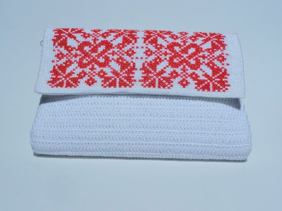Crochet white bag with romanian traditional by CatanaHandmade