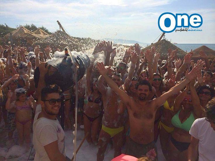 Schiuma party spiaggia