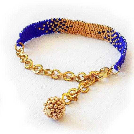 Gradient Bracelet with Gold and Dark Blue Glass Beads - Beadwork Bracelet - Dicope Soul Nadia Bracelet