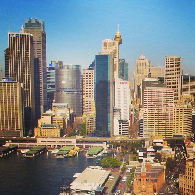 #Sídney desde el puente.  #Sydney from the bridge. julio 2013 / july 2013 #Australia #australiagram #sydneyharbourbridge #igaustralia #skyline #skylines by hiperposteador http://ift.tt/1NRMbNv