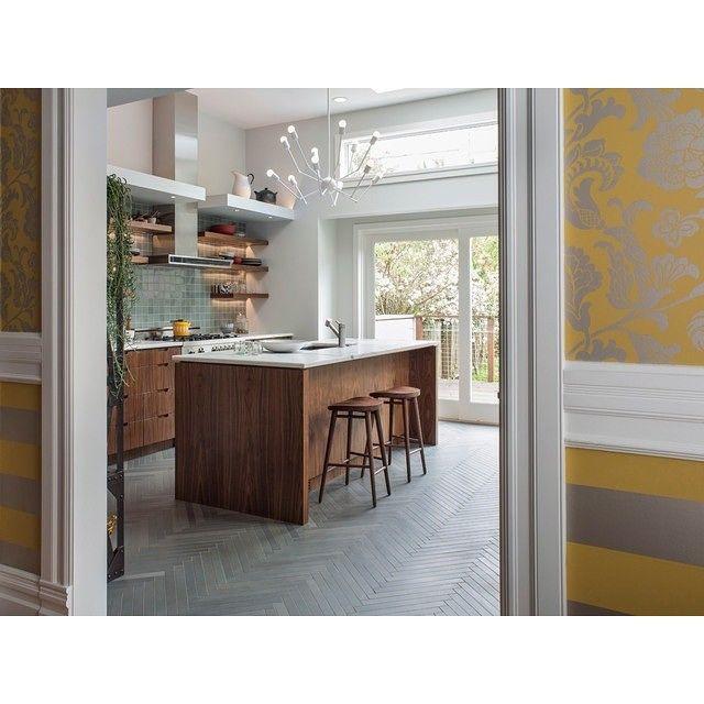 Kitchen🍴🍝 #копилка_идей #дизайн #декор #декорирование #дизайнинтерьера #кухня #уютная #стиль #современный #окна #обои #идеи #вдохновение #kashtanovacom #interior #interiordesign #design #decor #style #kitchen