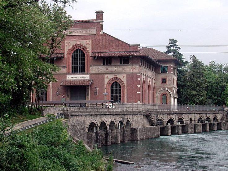 Esempio di Archeologia industriale in Brianza, a Porto d'Adda, la Centrale idroelettrica Esterle (1906), all'interno dell'Ecomuseo dell'Adda. http://it.wikipedia.org/wiki/Archeologia_industriale