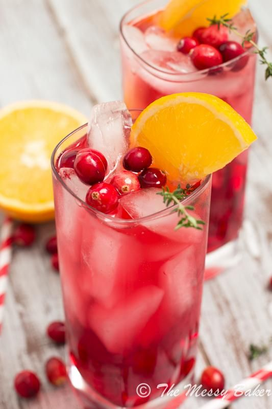 Cranberry Orange Gin Fizz with Thyme