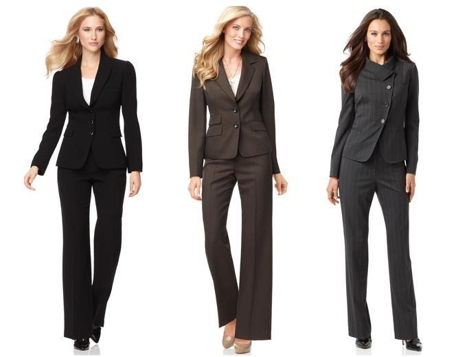 Классический деловой костюм для женщины 50 лет