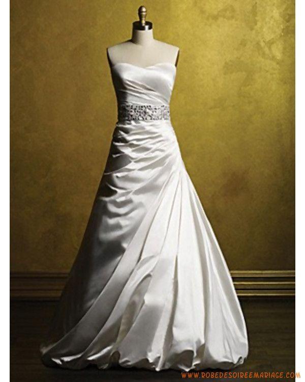 Robe de mariée bustier avec ceinture en paillette