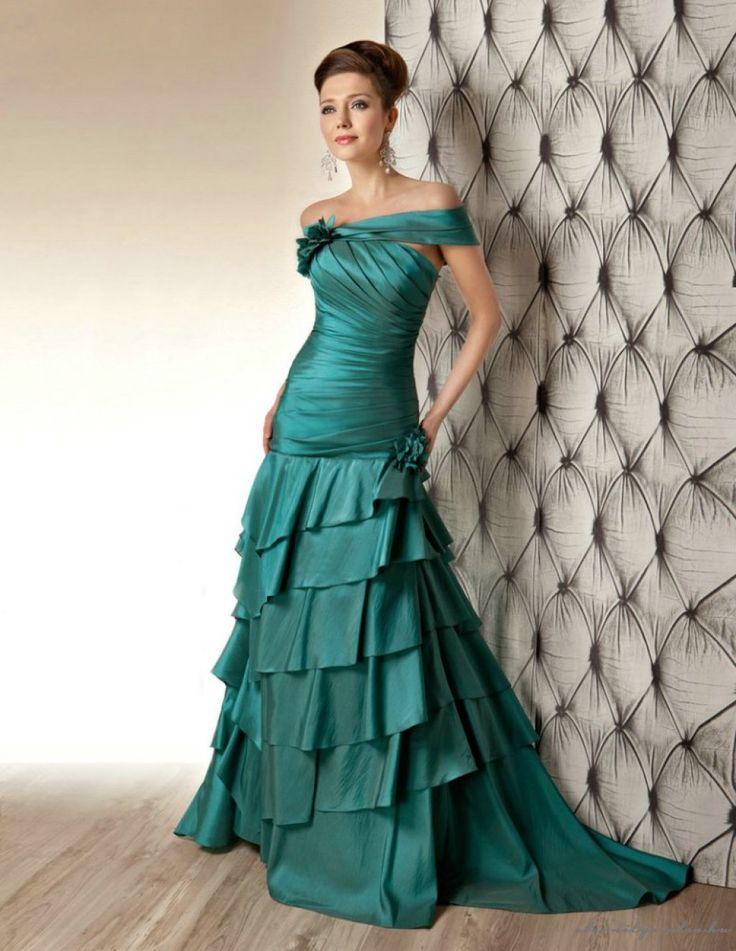 27 best Színes esküvői ruhák images on Pinterest | Bridal dresses ...