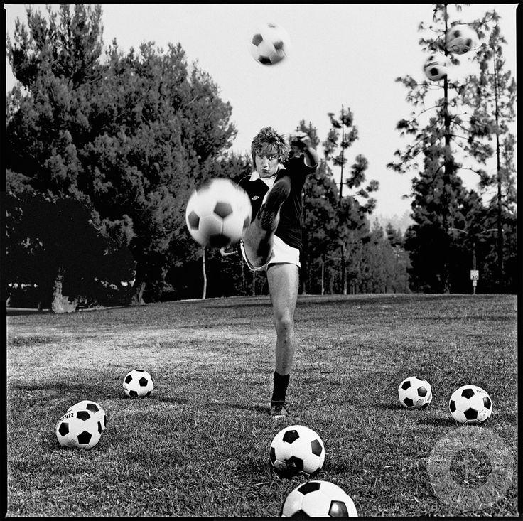 ผลการค้นหารูปภาพสำหรับ rod stewart play football