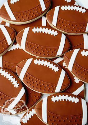 The Baking Sheet: Football Cookies! More #decoratedcookies