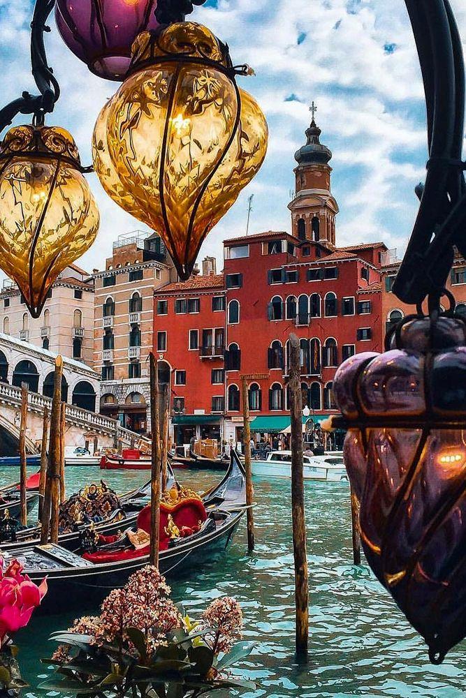 best honeymoon destinations venice chanal