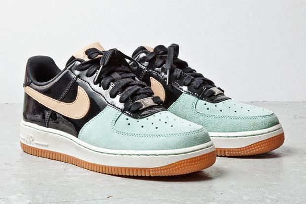 Nike Air Force 1 Mint Toe