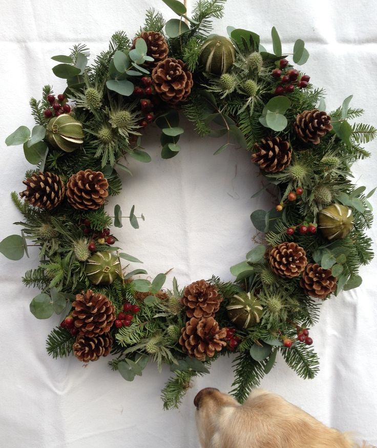Made by me to order: 50 cm natural wreath Phone Wendy B 07779 017923 Dog not included!