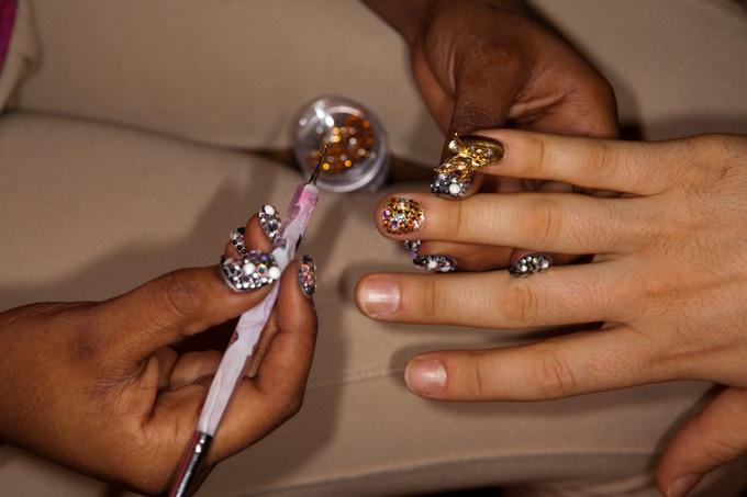 Nailed de Dzine: Artsy Nails, Fun Nails, Beauty Hair Nails, Popular Pins, Beauty Nails, Bling Nails, Amazing Makeup Hair Nails, Nail Art, Bling Bling