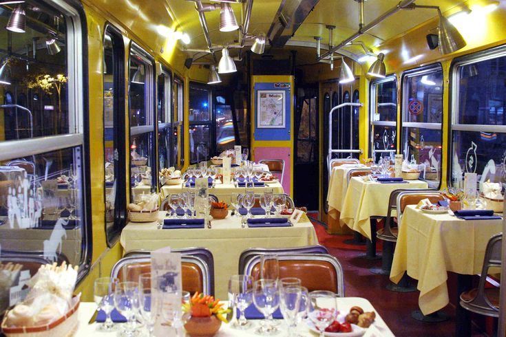 Ristocolor & Gustotram (Turin tramcar restaurant, Torino tram-ristorante).