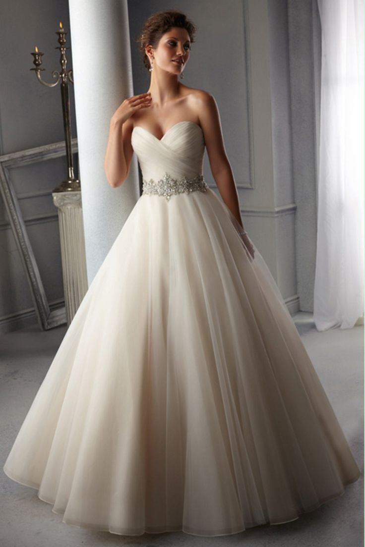2014 Sweetheart Pleated Bodice A Line Wedding Dress Beaded Waistline Organza Court Train