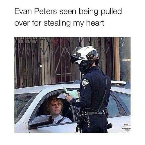 Love Evan Peters!!!