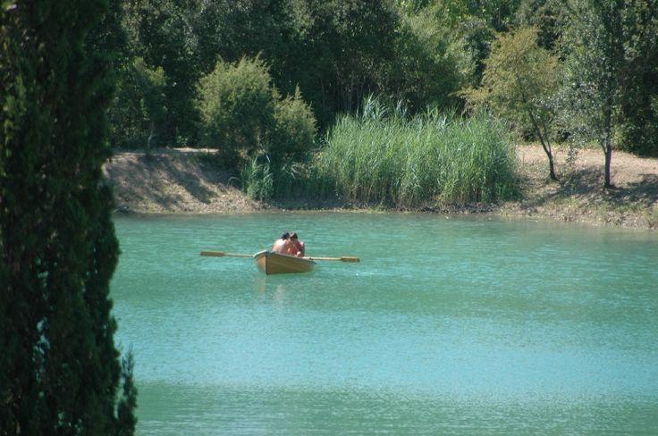 Che meravigliosa giornata al lago !! #lago #navigare #barca #remi #amici #friends #green #natura #starbene #benessere #relax #relais #divertirsi #insieme #soloqui