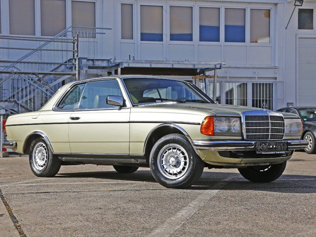 german-cars-after-1945 • 1982 Mercedes 230 CE...