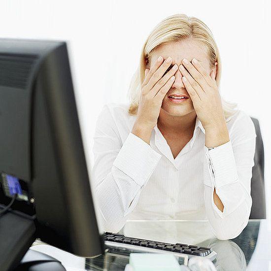 Как убрать красные глаза после компьютера: 5 советов офтальмолога.  Если задать поисковой системе запрос «как убрать красные глаза», то на первой странице выдачи обнаружится масса советов по работе с фотошопом, и ни одного результата на медицинскую тематику. А ведь красные глаза в жизни приносят намного больше проблем, чем красные глаза на фотографии.  Read more: http://about-vision.ru/kak-ubrat-krasnye-glaza-posle-kompyutera-5-sovetov-oftalmologa/#ixzz3l41YQi1A