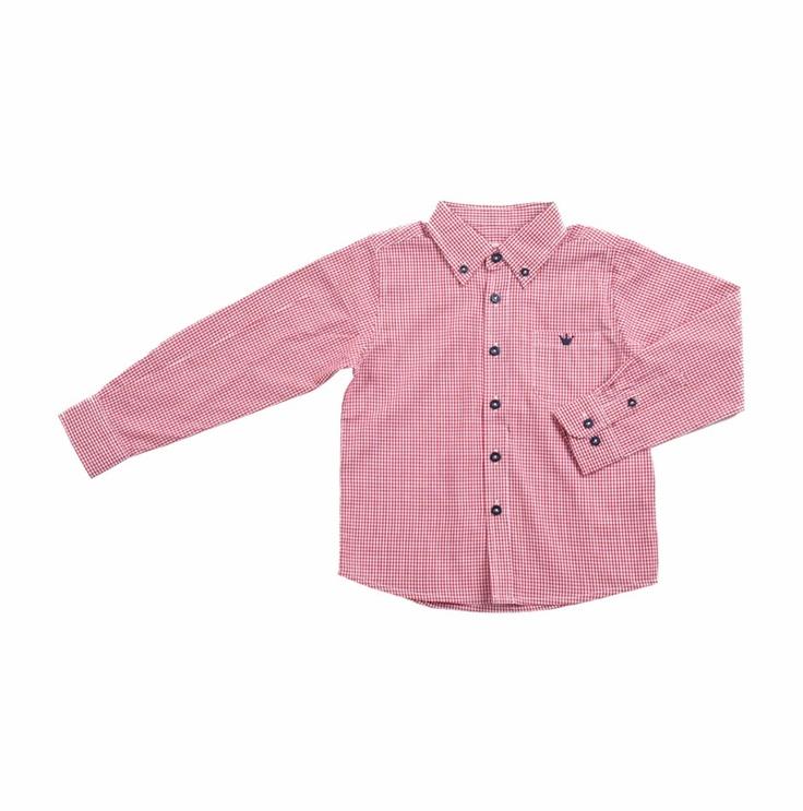 """Camisa de cuadros tipo """"Vichy"""" en rojo y blanco para niño. Un bolsillo al frente del lado izquierdo, con la coronita de EPK bordada en azul oscuro."""