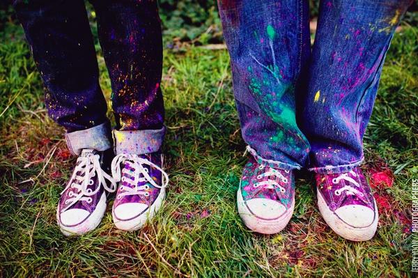 Holi engagement shoot -- splashes of color courtest of Holi powder