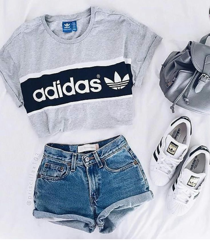 Not a huge fan of crop tops . But will totally take the shorts idea.